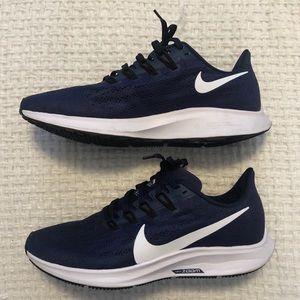 Women's Navy Sneakers | Nike Zoom